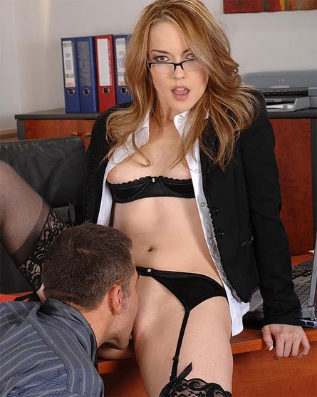 eating pussy at the office